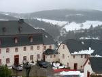 Uitzicht vanaf de burcht in Kronenburg, Duitsland
