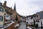Kasteelruïne boven Monreal, Duitsland