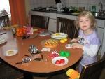 Na het ontbijt maakt Esmee eten, Duitsland