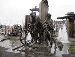 Beeldengroepen op Het Zand, Brugge, Belgie