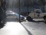 Wagens worden afgesleept, Parijs, Parijs