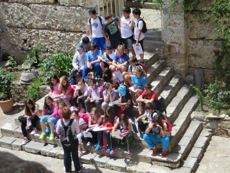 Klassenuitje in Mystras, Griekenland