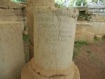 Zuil met inscriptie, Messini, Griekenland