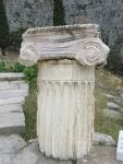Ionische zuil, Delphi, Griekenland