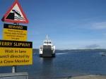 De ferry van Tarbert naar Portavadie, Schotland