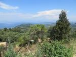 Uitzicht vanuit het bergdorp Chlomos, Griekenland