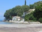 Huisje aan de Apraos baai, Griekenland