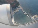 We zijn net opgestegen vanaf Kerkyra airport, Griekenland