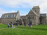 Bij de abdij op Iona, Schotland