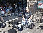 Pauze in Aboyne in de zon, Schotland