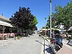 Straatje in Feres, Griekenland