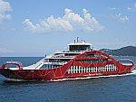 Een veerboot tussen Thassos en Keramoti, Griekenland