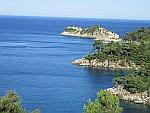 De kust bij Aliki, Thassos, Griekenland