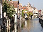 Huizen aan een gracht in Brugge, Schotland