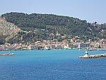 Zakynthos stad vanaf de ferry, Griekenland
