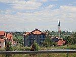 Een moskee langs de snelweg, Macedonië, Macedonie