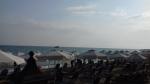 Het is nog druk op het strand, Griekenland