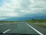 Een bijna lege snelweg, de E75, Griekenland