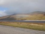 Regenboog bij Loch Glascarnoch, Schotland