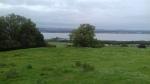 Uitzicht op Blackness Castle en Blackness baai , Schotland