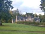 Kasteelachtig huis langs de B9140 bij Dollarbeg, Schotland