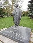 Standbeeld van een beroemde democraat, Atanas Burov, in Sofia, Bulgarije