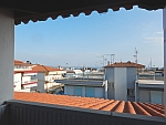 Uitzicht vanaf ons balkon in Paralia Dionysiou, Griekenland