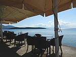 Langs de zee in Milina, de Pilion, Griekenland