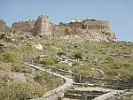 Het rode kasteel boven Karystos, Griekenland