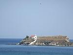 Eilandje voor de zuidwestkust van Evia, Griekenland
