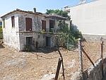 Verwaarloosd huisje in Afytos, Kassandra, Griekenland
