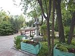 De tuin van Vinksi Dvor in het noorden van Servië, Servie